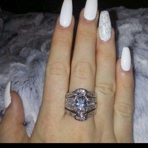 New 3 piece wedding ring set